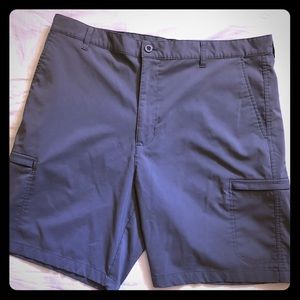 CHAPS Golf Gray shorts with side pockets